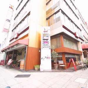 横浜 馬車道 レンタルスタジオ は バレエ フラ リトミック ヨガ 空手 のレッスンが可能な 貸しスタジオ 馬車道 駅1分の ダンススタジオ レッスンスタジオ にイスが増えました