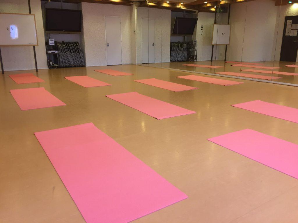 横浜 レンタルスタジオ「ブロッサム」のヨガマット