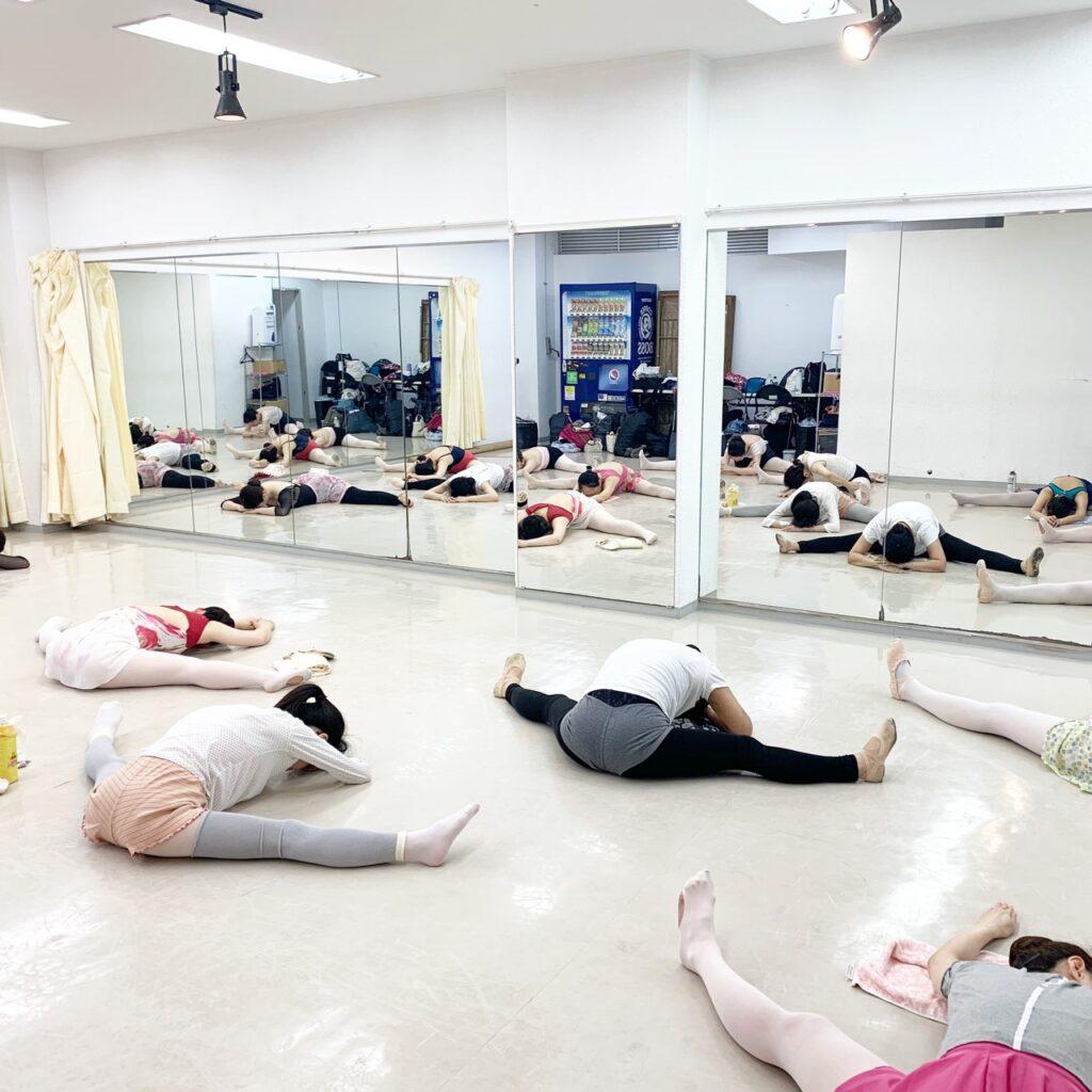 シェリバレエスクール 横浜ブロッサム レッスン風景